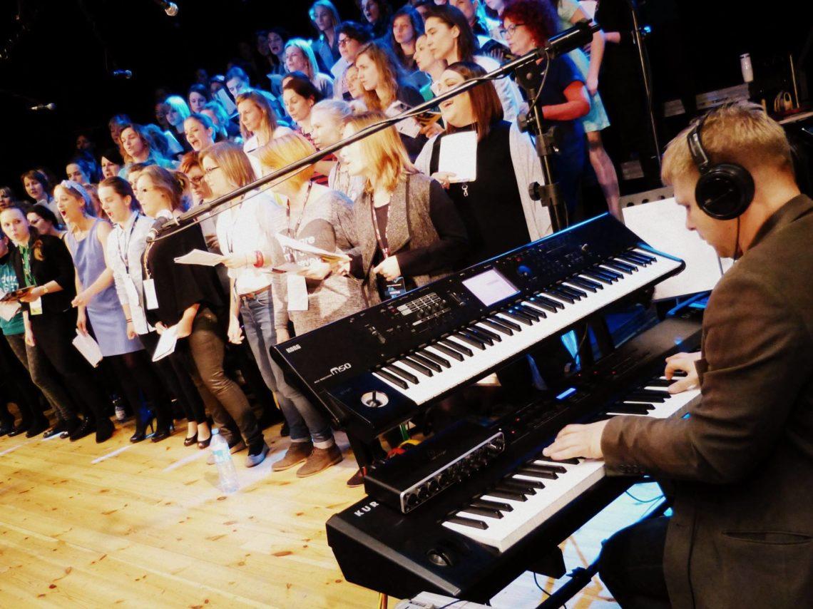 proba generalna przed koncertem finalowym warsztatow gospel 2016